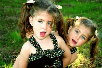 双胞胎女孩乳名萌点的